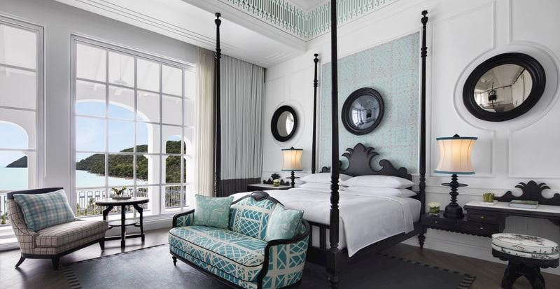 Turquois Suite - Bedroom, King-Sized Bed, Executive Suite